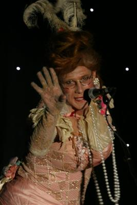 Ida Barr breaks it down with hip hop and rap